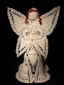 Crochet angel Erhetta - back detail