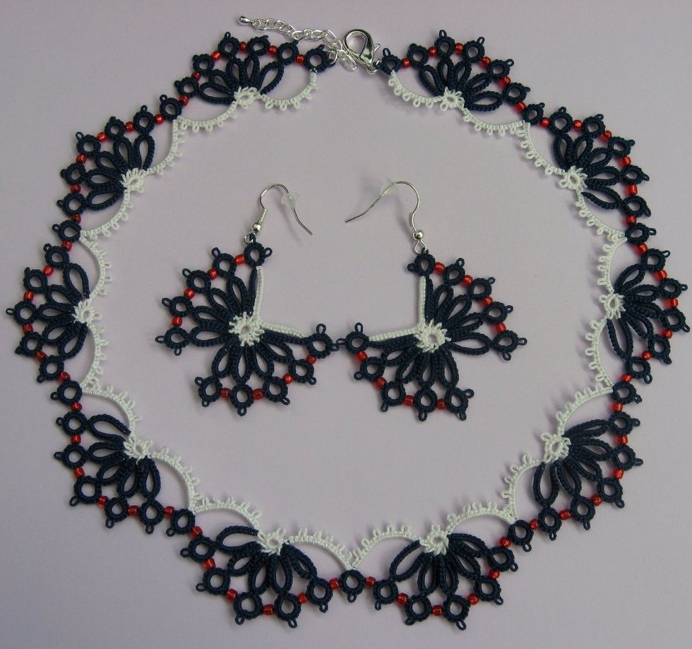 Butterflies set - hand-made necklace and earrings