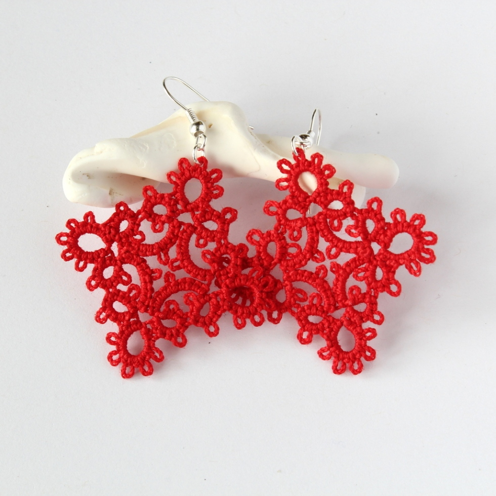 Frivolite hand-made earrings