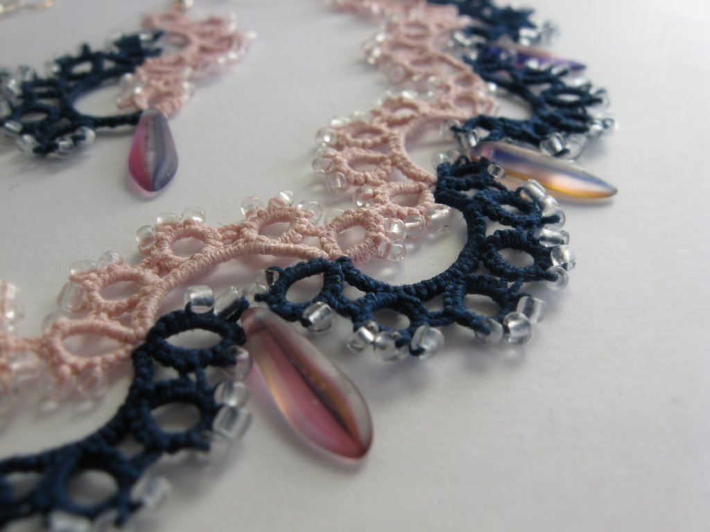 Two colours set - necklace detail