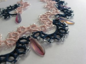 Two colours set - necklace detail