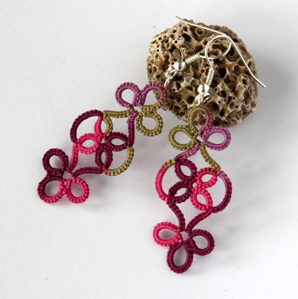 Hand-made frivolite earrings in simple design