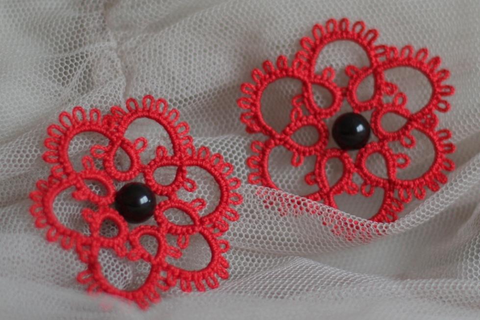 Red frivolite earrings with black beads