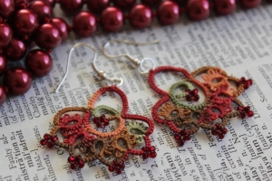 Handmade earrings - lace with beads in autumn colours